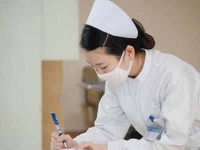 简阳市中等卫生职业学校-护士