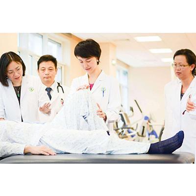 四川大学附设华西卫生学校初中起点(康复技术专业)招生要求