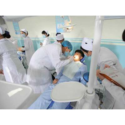 成都卫生学校(口腔医学专业)招生条件