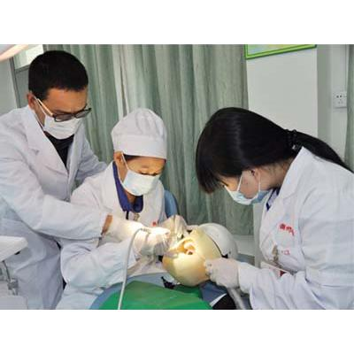 四川中医药高等专科学校(口腔医学技术专业)学费是多少