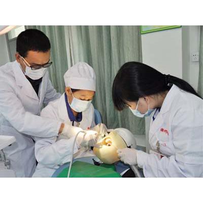 口腔医学专科生的出路-口腔医学专业前景